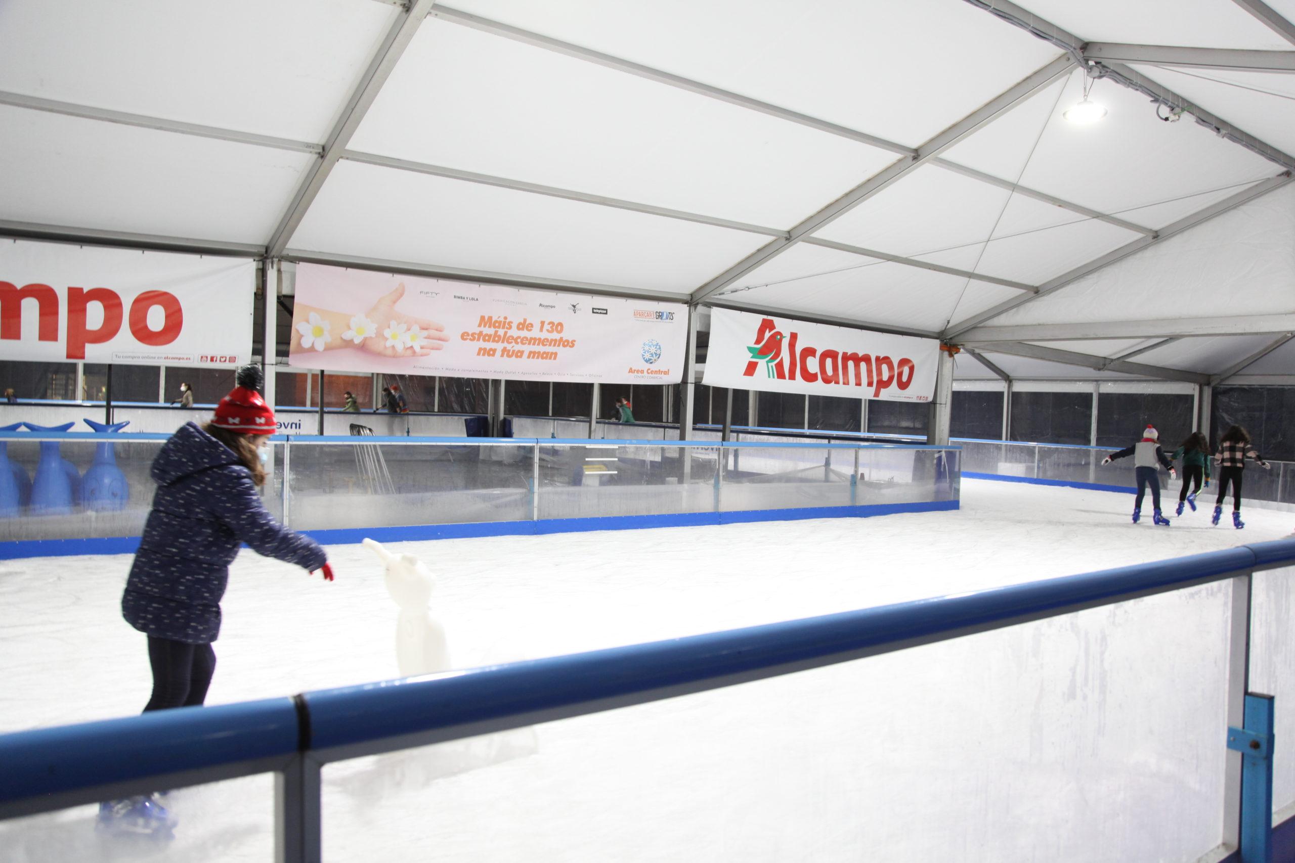 A pista de xeo volve a Área Central
